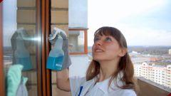 Чем лучше мыть стекла: народные рецепты