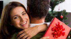 Что подарить хорошему другу на Новый год