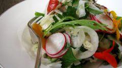 Какие салаты можно приготовить с редиской