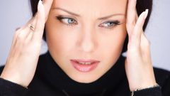 What causes involuntary twitching of the facial muscles