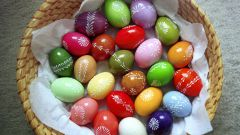 Как окрасить яйца к Пасхе