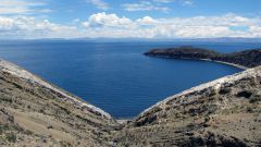 Где находится озеро Титикака