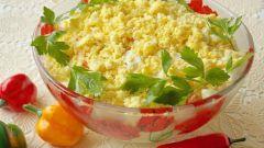 Как готовить салат из крабовых палочек с ананасами