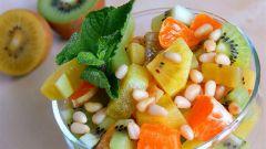 Фруктовый салат с золотым киви