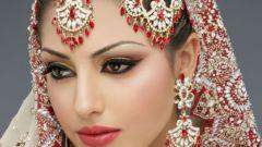 Как сделать индийский макияж