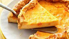Слоеный пирог с двумя видами сыра