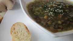 Греческий суп с курицей и лимоном