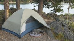 Как разбить палатку