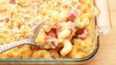 Как приготовить запеканку с макаронами, сыром и ветчиной