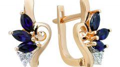 Золотые сережки с сапфиром