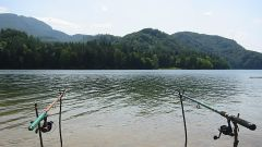 Как снять рыбу с крючка