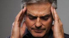Почему болит область лба