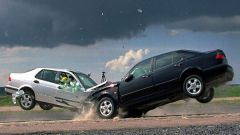 How much to insure a car
