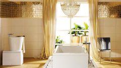 Интерьер ванной комнаты в золотом цвете