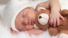 Сколько обычно спит новорожденный ребенок