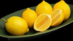 Осветлить волосы лимонным соком