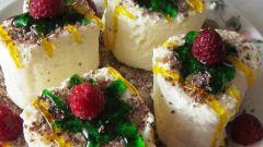 Творожный десерт с малиной