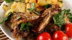 Как приготовить хрустящие куриные крылышки в духовке