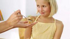 Что делать, если ребенок мало ест?