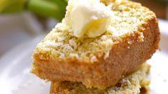 Как приготовить кексы с бананом, бренди и грецким орехом?