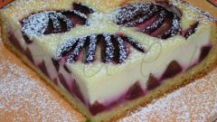 Как приготовить сливовый пирог с творогом