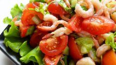 Салат с креветками и свежими шампиньонами
