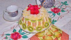 Воздушный кугельхопф с фруктами и орехами