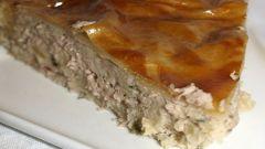 Готовим пирог с консервированным тунцом