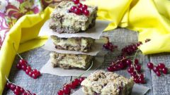 Как приготовить овсяные печенья с йогуртовой начинкой?