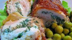Как готовят котлеты по-киевски с сыром?