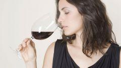 Сколько алкоголя можно кормящей маме