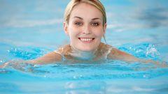 Худеем в бассейне: 5 секретов красоты