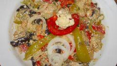 Как приготовить салат из печеных овощей