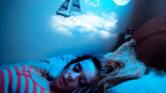 Почему люди видят сны