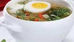 Суп из свинины с яйцом и вермишелью