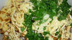 Салат из ветчины с омлетом