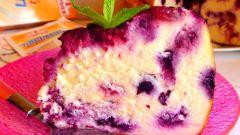Творожный десерт с лесными ягодами