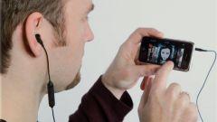 Прослушивание музыки в наушниках: в чем опасность?