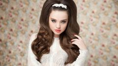 How to make a beautiful hairstyle for prom