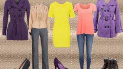 С чем носить короткий фиолетовый тренч