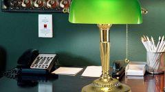 Как выбрать настольную лампу с абажуром