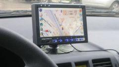 Как выбрать GPS навигатор в машину