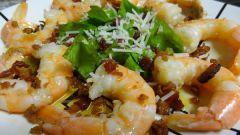 Креветки под соусом из маракуйи