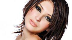 Секреты визажистов при нанесении макияжа