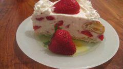 Ванильный торт с клубникой