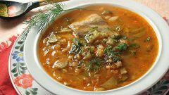 Суп с перловкой и солеными огурчиками