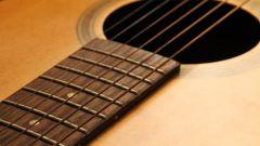 Как заменить струны на гитаре