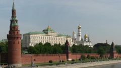 Как строили московский Кремль