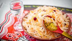 Как солить капусту: три простых рецепта