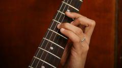 Как подобрать аккорды